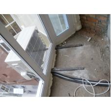 Монтаж внешнего блока на балконе со 100%-ным остеклением